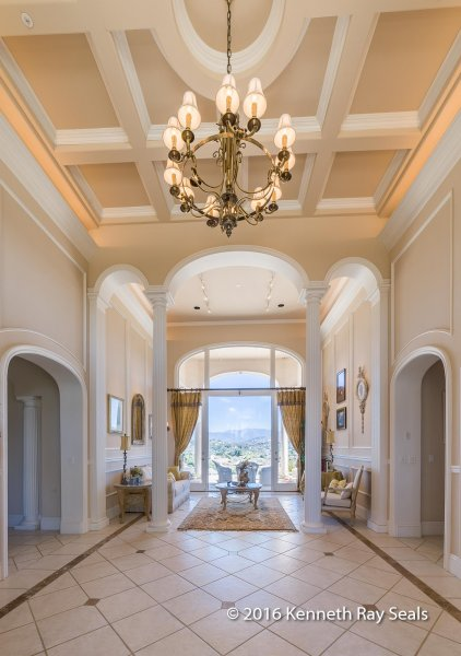 Champagne Crest Home
